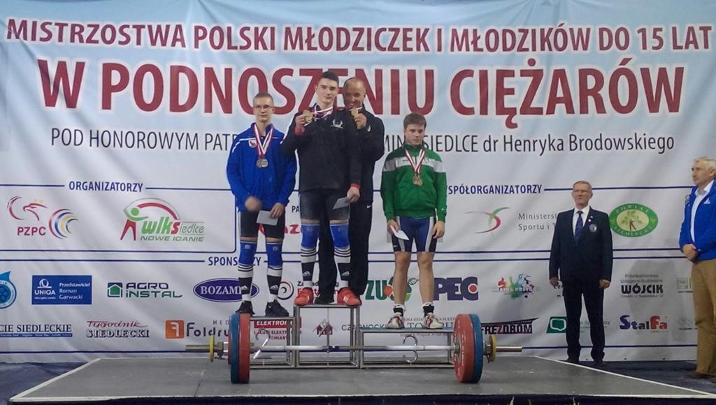 Dekoracja kategorii 77 kg - Sebastian Kłos